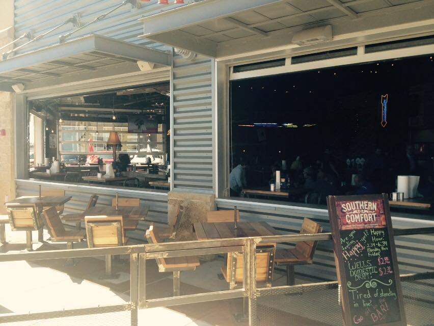 Glass garage doors restaurant Metal Glass Glass Patio Doors At Twisted Root Proinsarco Our Favorite Uses For Glass Doors On Restaurants Overhead Door